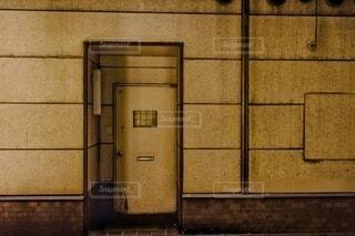 古い扉の写真・画像素材[4816067]