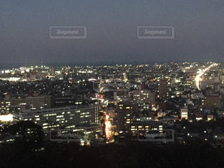夜の街の景色の写真・画像素材[897604]