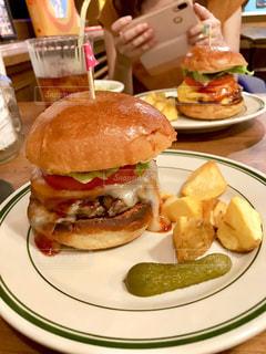 ハンバーガーの写真・画像素材[2343261]