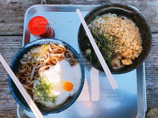 皿のご飯肉と野菜料理の写真・画像素材[1650965]