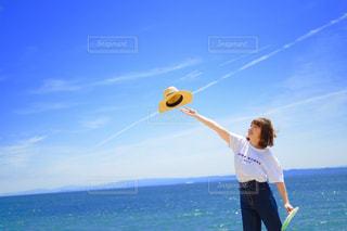 凧の飛行男の写真・画像素材[1794476]