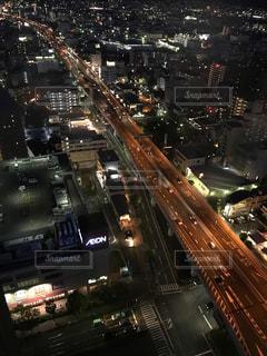 夜の阪神高速の写真・画像素材[748481]
