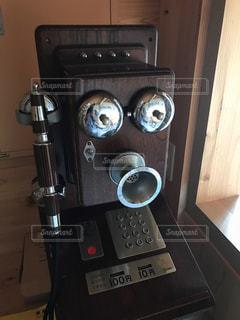レトロデザインの公衆電話 - No.748488