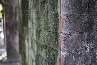 レンガ造りの建物のクローズアップの写真・画像素材[2104900]
