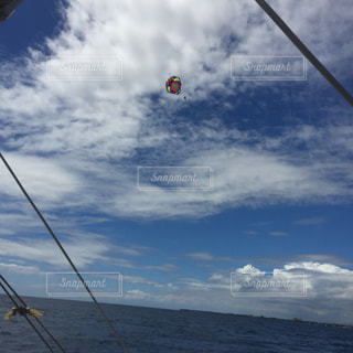 セブ島 海 パラセーリングの写真・画像素材[349279]