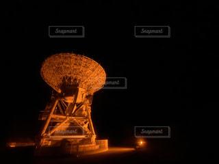 夜空の塔の写真・画像素材[2830162]