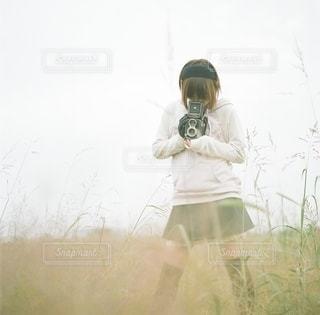 カメラ女子の写真・画像素材[9498]