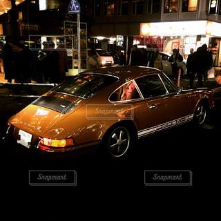 街の通りに駐車の写真・画像素材[942406]