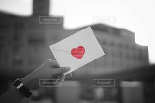 白黒封筒の写真・画像素材[792104]