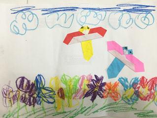 子供,こども,クレヨン,折り紙,おりがみ,幼稚園児,おえかき,お絵かき