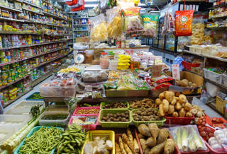 香港の小さなスーパーの写真・画像素材[1145596]