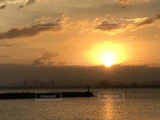日の出の写真・画像素材[755741]