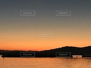 日の出前の写真・画像素材[841330]