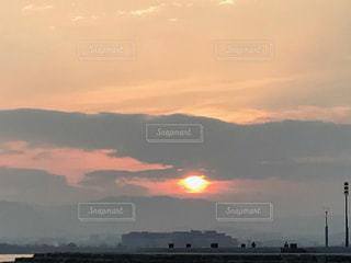 日の出の写真・画像素材[1061314]