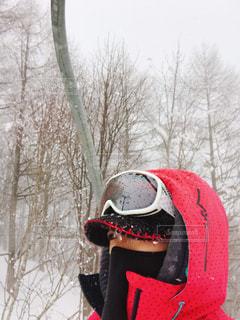 スキー場でリフトに乗るの写真・画像素材[382743]