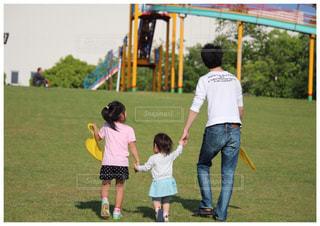 家族で公園への写真・画像素材[1778996]