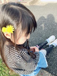 花飾りを付けて♡の写真・画像素材[1854061]