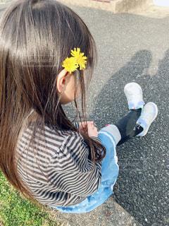 花飾りを付けて♡の写真・画像素材[1854063]