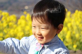 花柄ネクタイ おしゃれボーイの写真・画像素材[1758500]