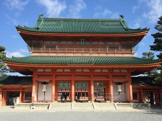 平安神宮の門の写真・画像素材[2979859]