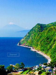 ほんわりと浮かぶ富士の山。の写真・画像素材[1175918]