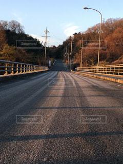 橋の上の写真・画像素材[999120]