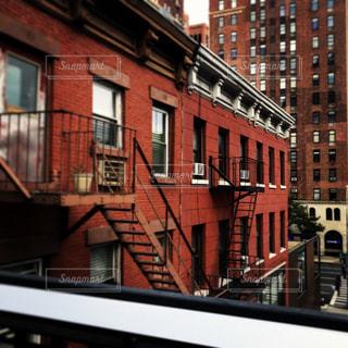 街の通りのビューの写真・画像素材[803711]