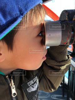 帽子をかぶった小さな男の子の写真・画像素材[993447]