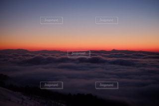 オレンジ色の雲海の写真・画像素材[1416250]