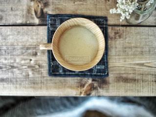 木製テーブルの写真・画像素材[894601]