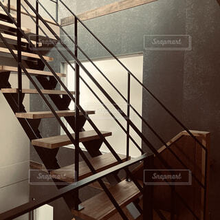 鉄骨階段のある家の写真・画像素材[4217665]