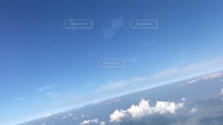 空には雲のグループの写真・画像素材[805133]
