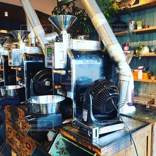 コーヒー焙煎機の写真・画像素材[1360851]