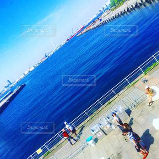 横浜港を見渡せる場所の写真・画像素材[745152]