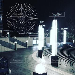 みなとみらいの広場の写真・画像素材[1069726]