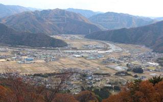 山から見下ろす街並みの写真・画像素材[907398]