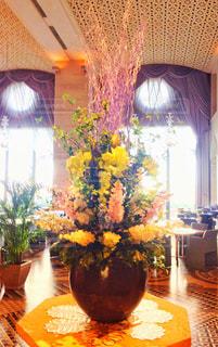 ホテル川久ロビーの花の写真・画像素材[929644]