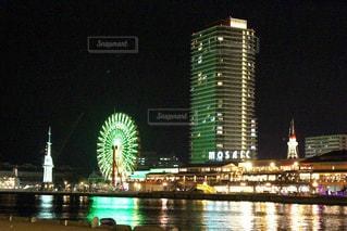 ライトアップの神戸の港の写真・画像素材[1091698]