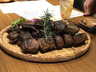 エゾシカジビエの焼肉の写真・画像素材[2946412]
