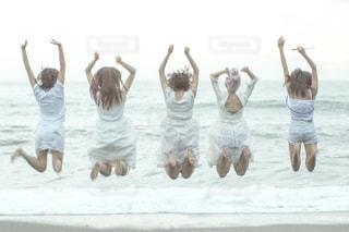 ビーチの人々 のグループの写真・画像素材[1460289]