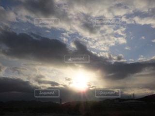 空には雲のグループの写真・画像素材[916394]