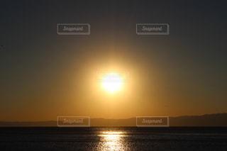 夕陽の写真・画像素材[1104101]