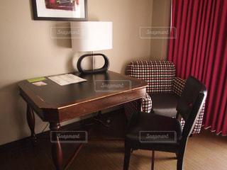 ダイニング ルームのテーブルの写真・画像素材[920750]