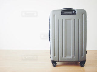 グレーのスーツケース - No.1120240