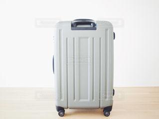 スーツケース ユニセックスデザインの写真・画像素材[1120241]