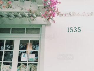 店の上の看板 おしゃれ アメリカン レストラン サンタモニカ ロサンゼルス カリフォルニア 西海岸 アメリカの写真・画像素材[1229110]