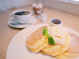 パンケーキ おやつ コーヒーの写真・画像素材[1425370]