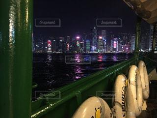 香港!!夜景!!船の上から!!!!の写真・画像素材[1000979]