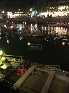 夜の街の景色の写真・画像素材[1437633]
