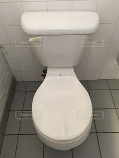 公共の公衆トイレの写真・画像素材[1288785]
